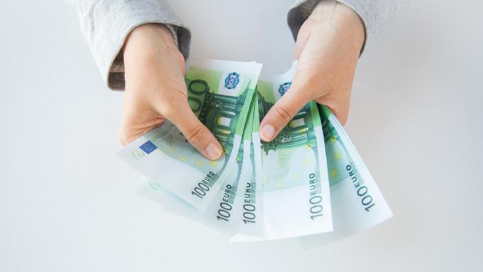 100 Euro Geldscheine © Syda Productions , stock.adobe.com