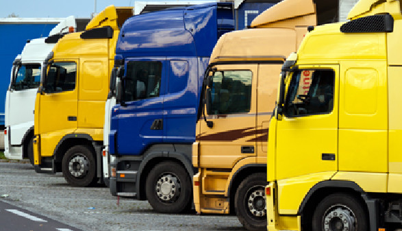 Lastkraftfahrzeug © Gina Sanders, fotolia.com