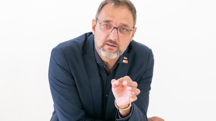 AK-Präsident Gerhard Michalitsch fordert 6. Urlaubswoche. © Roman Felder, AK Burgenland