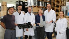 Ak-Präsident Gerhard Michalitsch bei Polleres Plastic Kunststoffverarbeitung in Rohrbach © Reinhard Huber, AK Burgenland