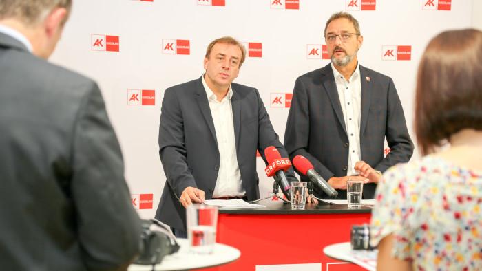 AK-Regionalstellenleiter und Landtagsabgeordneter Mag. Christian Drobits und AK-Präsident Gerhard Michalitsch © Werfring, AK Burgenland