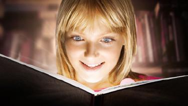 Buch, Lesen, Mädchen © Subbotina Anna, Fotolia.com