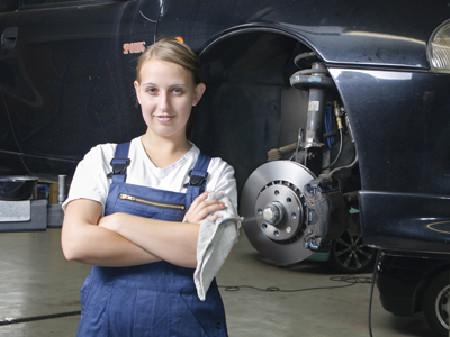 Ihr erster Tag in der Mechanikerlehre - Start Ihres Lehrverhältnisses © runzelkorn, Fotolia