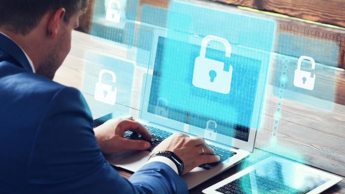Safer Internet © Adobe Stock