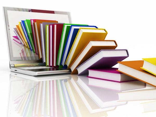 Bücher & Laptop © 3ddock, Fotolia.com