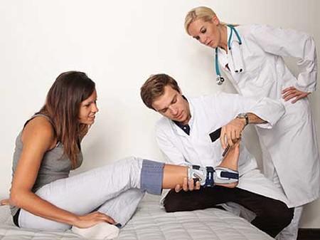 Unfall: Im Fall des Falles gut versichert © Peter Atkins, Fotolia.com